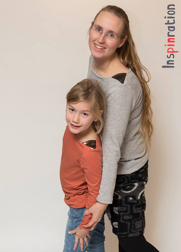 Näh-Connection | Marlene (fun pattern with shoulder insets by fritzi schnittreif, english translation in the Näh-Connection Shop)