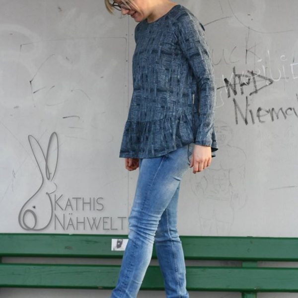 Näh-Connection Shop | Women's Waterfall Raglan Ebook von Chalk and Notch in deutscher Übersetzung (Top und Kleidversion enthalten)